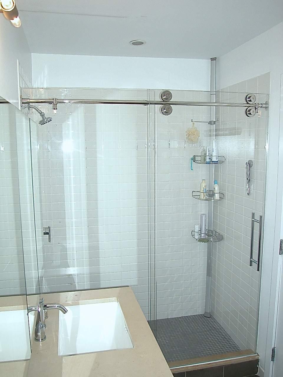Manhattan Shower Door - womenofpower.info